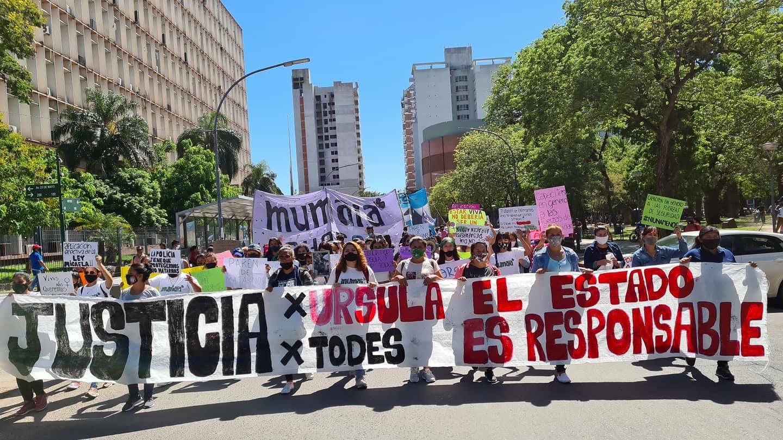 Feministas en Chaco pidiendo justicia por Úrsula