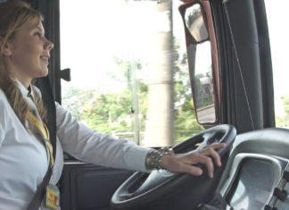soledad krainski chofer de omnibus de Corrientes