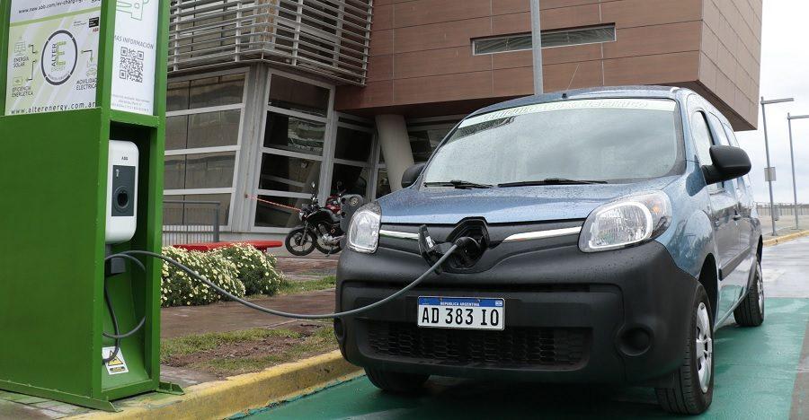 Auto eléctrico, un proyecto al que apunta InnovaT